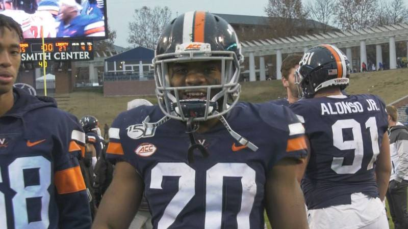 UVA running back Mike Hollins in 2019