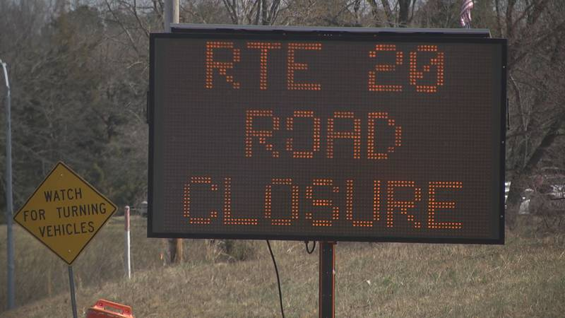 road sign for work on route 20 near Scottsville starting march 29