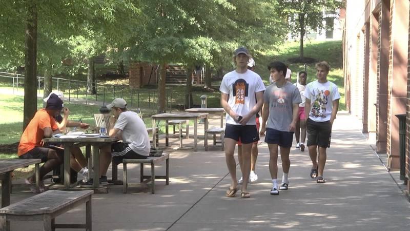 UVA students walking around grounds