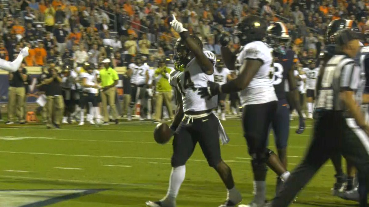 The UVA football team has lost five games in a row against Wake Forest.