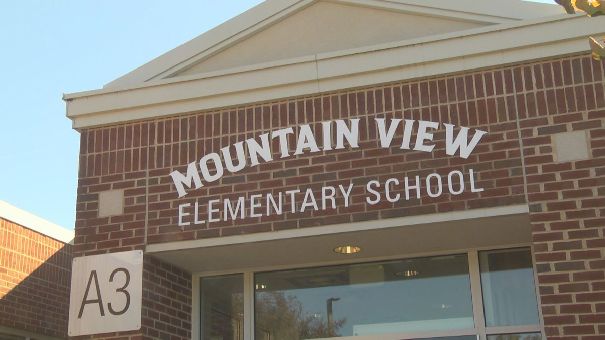 Mountain View Elementary will be hosting Colts Care this year.