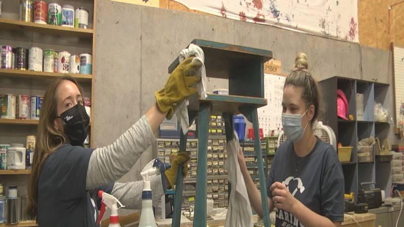 Catie Yeilding with UVA Darden School of Business volunteering at Habitat for Humanity's Restore