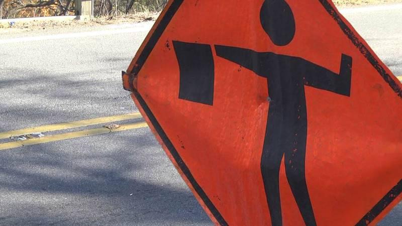 Road work sign (FILE)