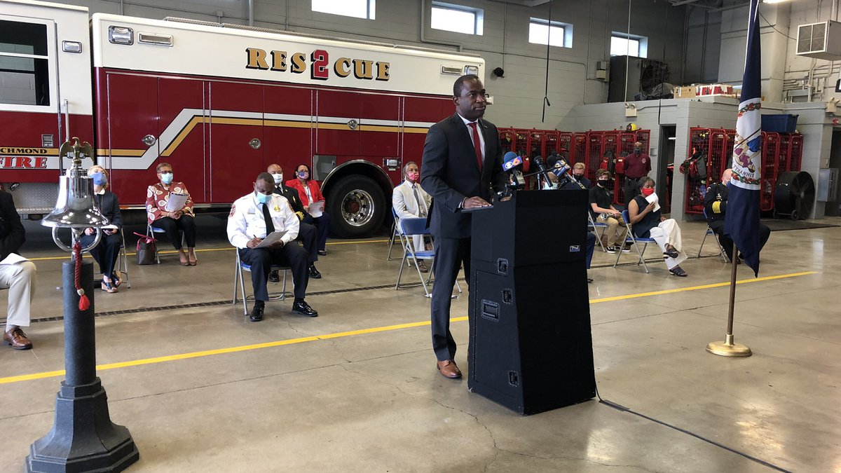 Mayor Stoney and first response officials paid tribute to victims and firs responders.