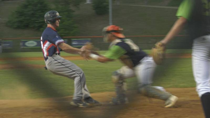 Zach Levenson was tagged out on this play, but the sophomore from Seminole State went 2-for-4...